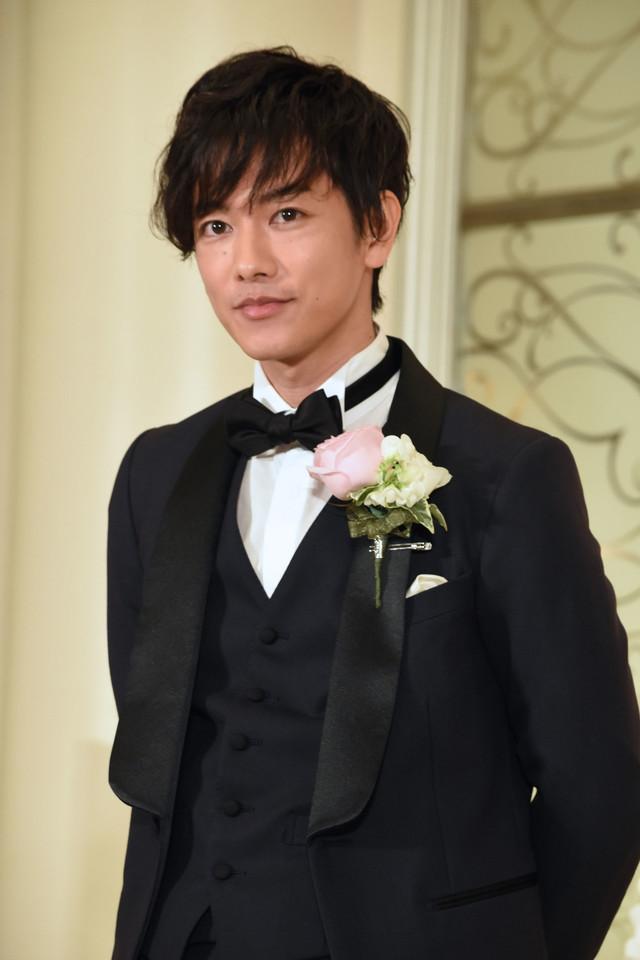 Satoh Takeru promoting The Eight Year Engagement
